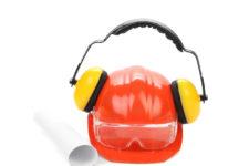¿Qué cascos de protección auditiva necesitas según normativa?