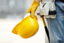 Casco de seguridad: ¿qué normativas tener en cuenta?